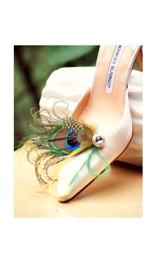 Hochzeit - Shoe Clips / Hair Clips Peacock Feathers. Bride Bridal Bridesmaid Party Gift, Couture Spring, Turquoise Bleu Blu Green Silver Rhinestone Gem