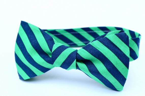Hochzeit - Boy's Bow Tie - Navy and Green Stripe - Adjustable Velcro Closure