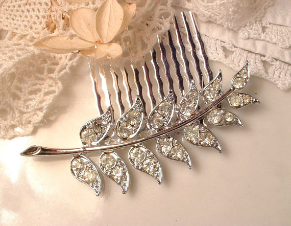 Hochzeit - Vintage Bridal Fern Headpiece or Sash Brooch, Art Deco Clear Pave Rhinestone Silver Leaf Brooch or Hair Comb, Woodland Wedding Grecian 1920s