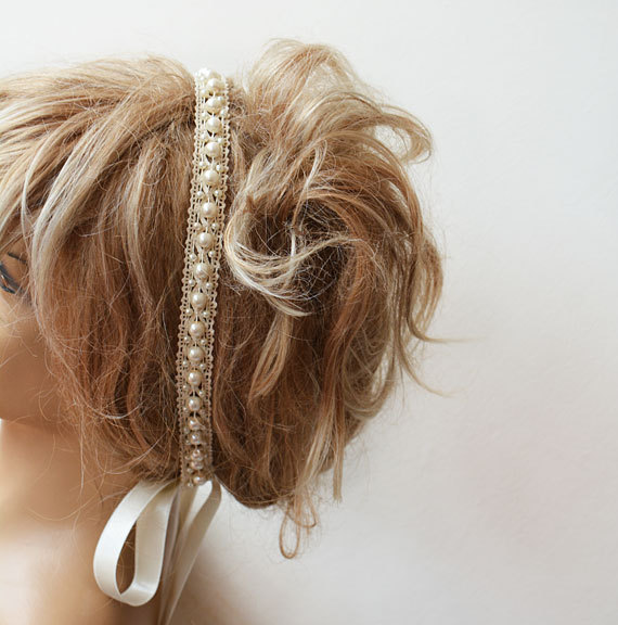 Hochzeit - Bridal Pearl Headband, Lace İvory Pearl Head Piece,   Wedding Bridal Hair Accessory, Vintage Style, wedding Hair  accessory