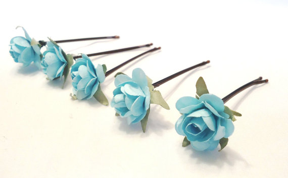 Hochzeit - hair accessories. hair pins. bobby pins. flower hair pin. wedding hair pins. bridesmaids. flower girl. floral hair accessories. Tiffany Blue