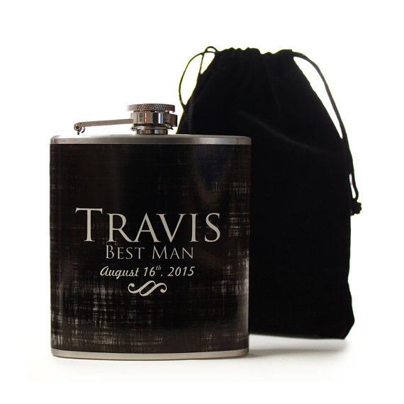 Свадьба - Personalized Gifts for Groomsmen, Custom Flasks for Your Wedding Party