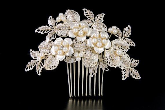 Свадьба - Gold Bridal hair comb, Champagne Wedding headpiece, Crystal headpiece, Leaf and flower hair comb, Rhinestone hair comb, Gold headpiece