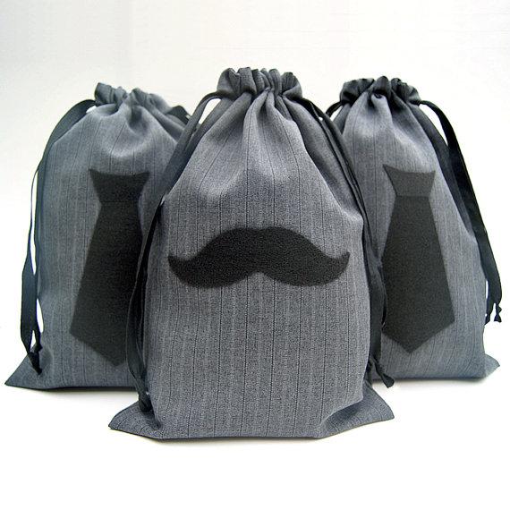 Свадьба - Groomsmen Gift Bag - Mens Gift Bag - Mens Gift Wrap - 8x12 Mustache or Necktie Pinstripe Gift Bag