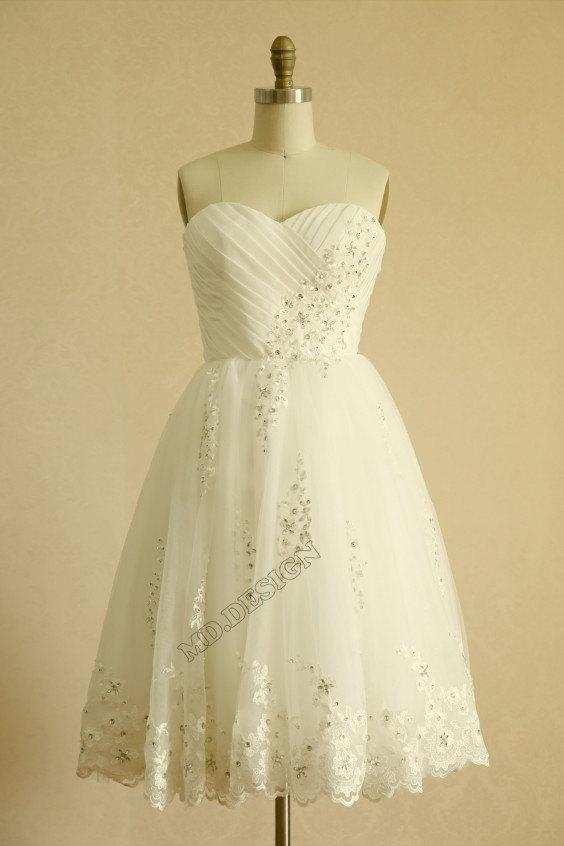 Mariage - Vintage Inspired Taffeta Tulle Beaded Lace Wedding Dress Strapless Sweetheart Knee Length Short Dress