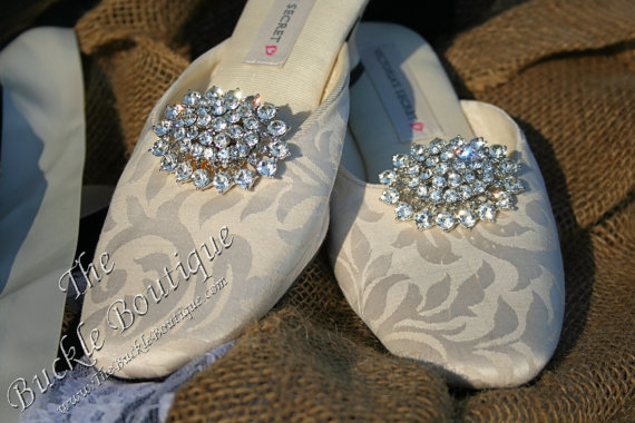 Mariage - Rhinestone Oval Brooch Bridal Shoe Clip Accessories Wedding Bling, Crystal, Diamond, Diamante Shuh Clips~Fast Ship from Houston USA designer