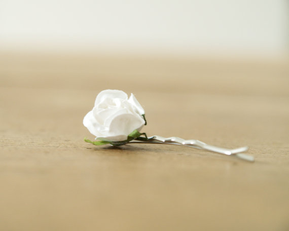 Mariage - Bridal Hair Pin, Bride Accessory, White Vintage Rose, Flower Girl, Spring Wedding, Bridesmaids, Romantic clip