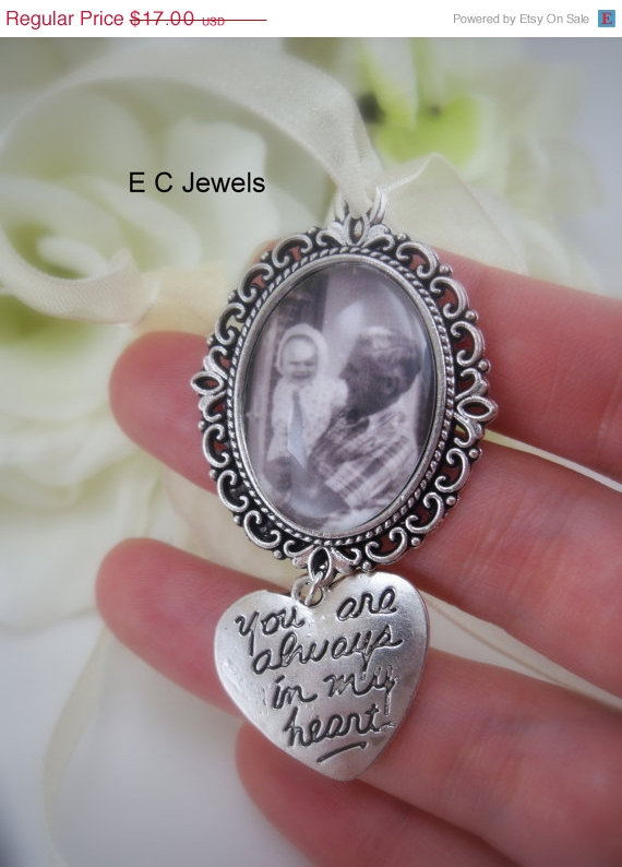 Mariage - ON SALE Custom Photo Bouquet Charm