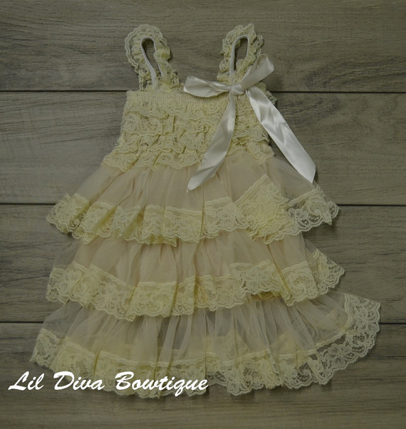 Mariage - Elegant Vintage Cream Lace Dress-Baby-Toddler-1st Birthday Dress-Photograpy prop-Flower girl dress
