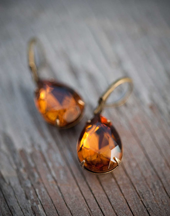 Mariage - Estate Style Vintage Earrings Spring Wedding Jewelry  Bridesmaids Gift fall color -  Amber Chocolate