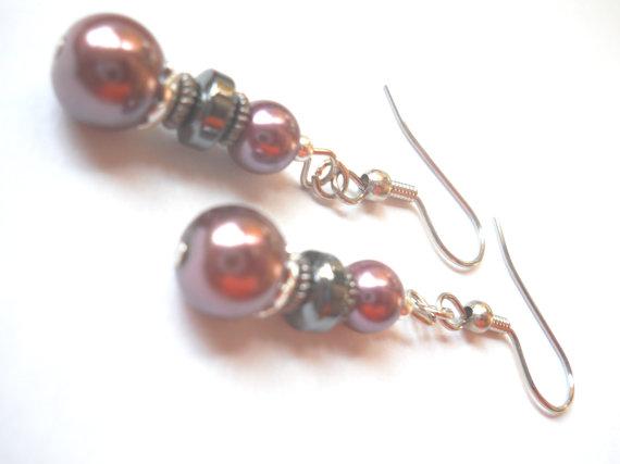 زفاف - Dark Purple Earrings, Purple Pearl Earrings, Bridal Earrings, Pearl Jewelry, Modern, Hematite Earrings, Silver Gray Beaded Jewelry