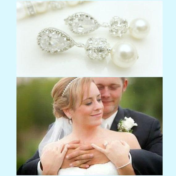 Hochzeit - Pearl Bridal Earrings // Short Pearl // Cubic Zirconia Bridal Earrings // Wedding Earrings, Rhinestone and Swarovski Pearl Jewelry