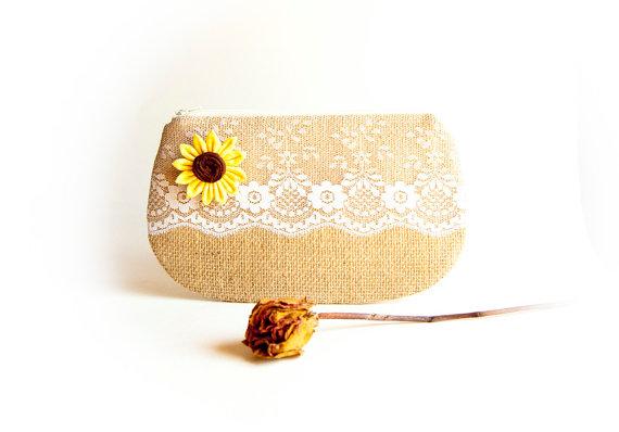 زفاف - Country Burlap Clutch Rustic Sunflower Wedding Pouch Clutch Bridesmaid Gift Idea Clutch Natural Burlap Clutch/Valentines Day