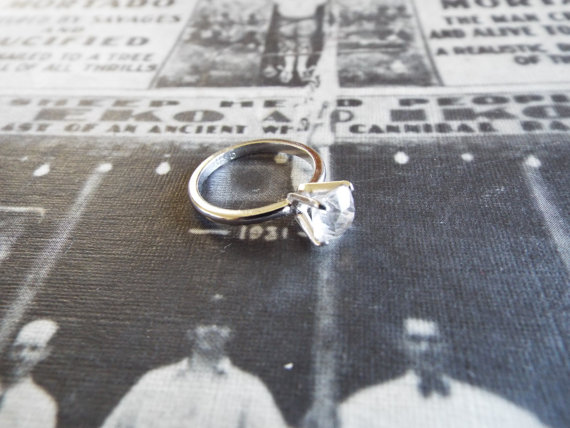 Свадьба - Vintage ring/1940s ring/Art Deco ring/Stone ring/Wedding ring/Engagement ring/Size 5/Silver Ring/Solitaire Ring/Glass Ring/Promise Ring