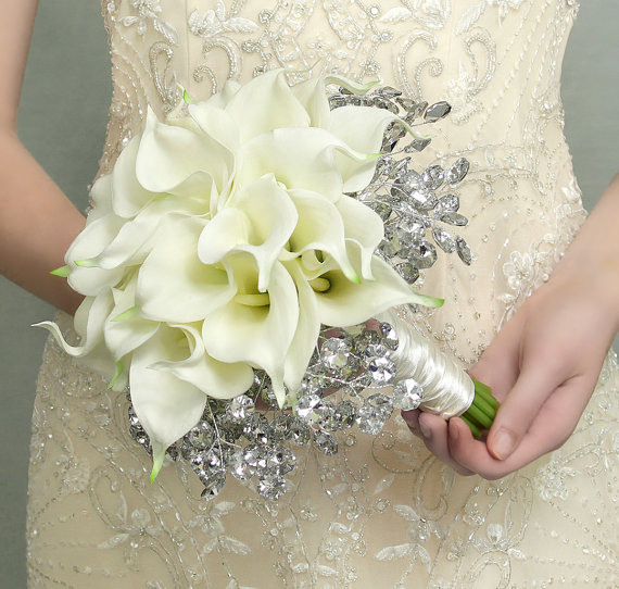 Wedding Flowers - Calla Lily Bridal Bouquet Of White Lilies And ...