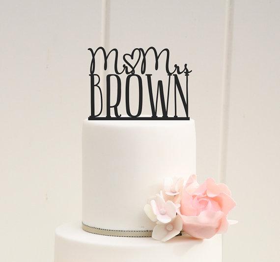 زفاف - Mr and Mrs Wedding Cake Topper Heart Design Personalized with YOUR Last Name