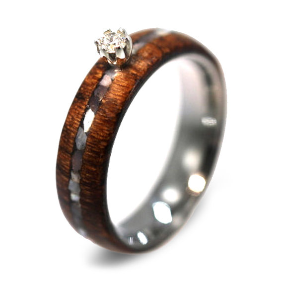 Diamond Ring Wood Ring W Mother Of Pearl Pinstripe Set W Round