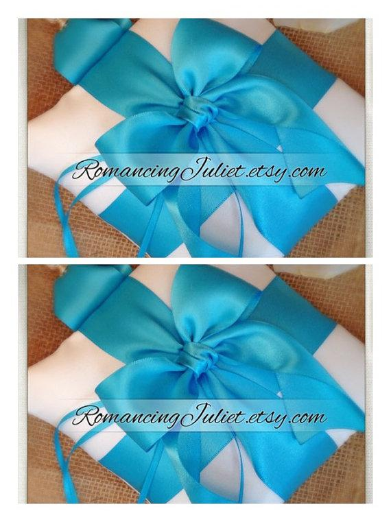 زفاف - Pet Ring Bearer Pillow...SET OF 2...Made in your custom wedding colors...shown in white /turquoise