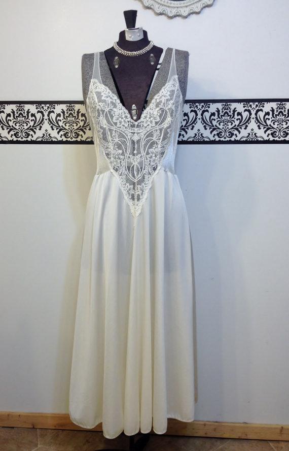 1950\'s Rare Olga Ivory Nightgown, Style 91140 Size Medium, Vintage ...