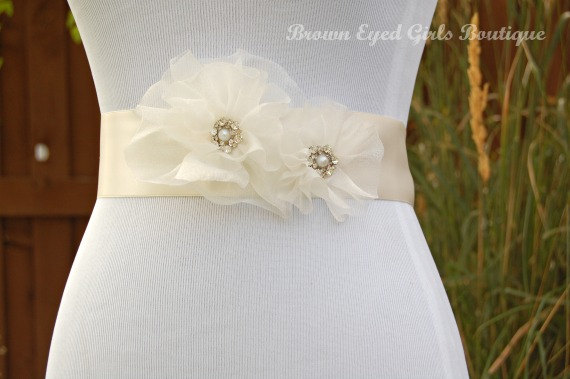 Свадьба - Ivory Organza Bridal Sash, Ivory Organza Wedding Belt, Ivory Bridal Belt