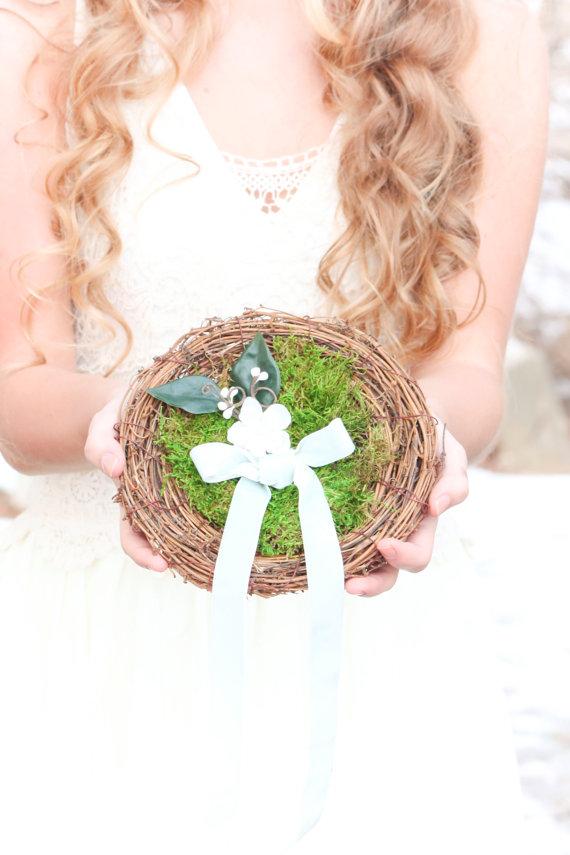 Wedding - ring pillow, bird nest ring pillow, ring bearer bird nest, rustic wedding nest pillow, woodland ring holder, moss nest ring pillow