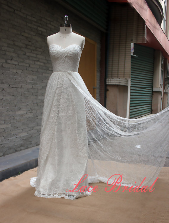 Mariage - lace,Custom,Wedding Gown, Classic Lace Bridal Gown, Transparent Train Wedding Dress, Wedding Dress,Wedding Gown