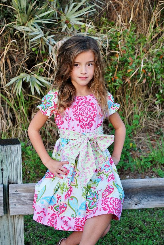 Hochzeit - Girls Easter Dress - Spring Dress - Spring Floral Dress - Birthday Dress - Flower Girl dress - Pageant Dress