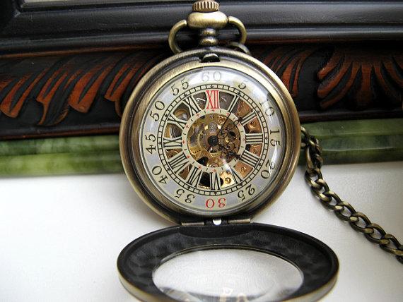 Hochzeit - Premium Victorian Engravable Bronze Mechanical Pocket Watch includes Watch Chain - Groomsmen - Men - Steampunk - Watch - Item MPW248