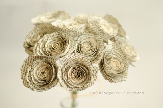Свадьба - Paper Flowers - Roses Made from Books - Harry Potter, Game of Thrones, Hunger Games & more - Bridesmaid Bouquet - Eco Home and Wedding Decor