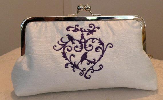 Hochzeit - Bridal/Wedding Gift Clutch/Purse/Bag..Embroidered Love Bird Infinity Heart Love Knot