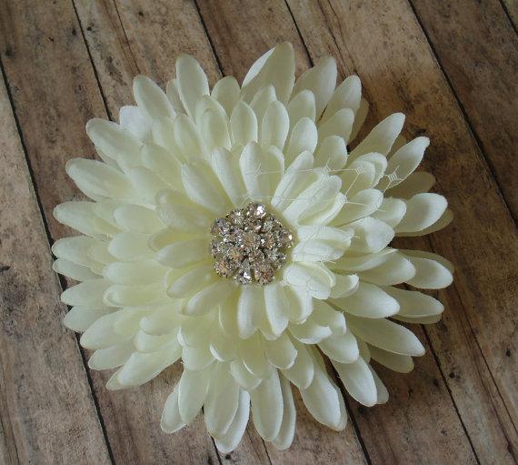 Mariage - Wedding Hair Accessory Ivory Wedding Hair Flowers Wedding Hair Piece Bridal Hair Accessories Bridesmaids Gift