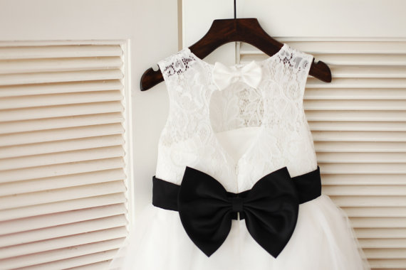 Wedding - Ivory Lace Tulle Flower Girl Dress Keyhole Back/Black Bow Sash Children Toddler Party Dress for Wedding Junior Bridesmaid Dress