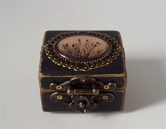 Mariage - Crow Engagement Ring Box in Antiqued Black - Ring Bearer Box - Blackbird