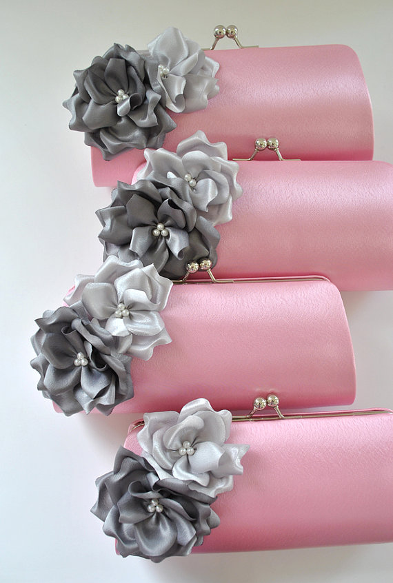Свадьба - Set of 10  Bridesmaid clutches / Wedding clutches  - Custom Color - STANDARD SHIPPING