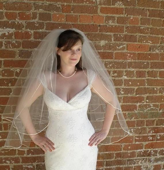 Mariage - Wedding veil - 30x36 wedding veil - 2 layers with tiny satin ribbon
