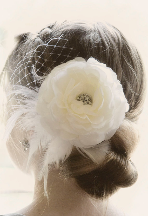 Mariage - Vintage Wedding Hair Flower Ivory wedding hair flower vintage wedding hair piece bridal hair flower veil