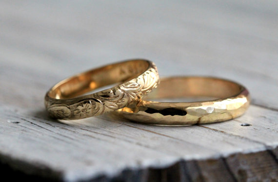 His And Hers Couples Rings Modern Hammered & Classic Vine