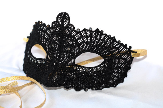 Hochzeit - Black lace mask perfect for masquerade weddings