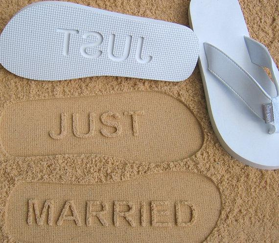 cc5ab7c741390 JUST MARRIED -- Custom Wedding   Honeymoon Sandals  Check size chart before  ordering