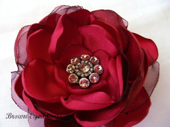 Mariage - Red Bridal Flower Hair clip, Red Wedding Hair Accessory, Red Fascinator, Red Bridal Head Piece