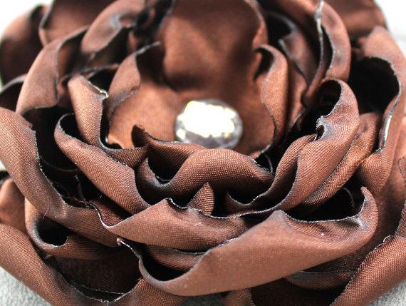 Свадьба - Chocolate Brown Dog Collar Flower - Satin Wedding Corsage