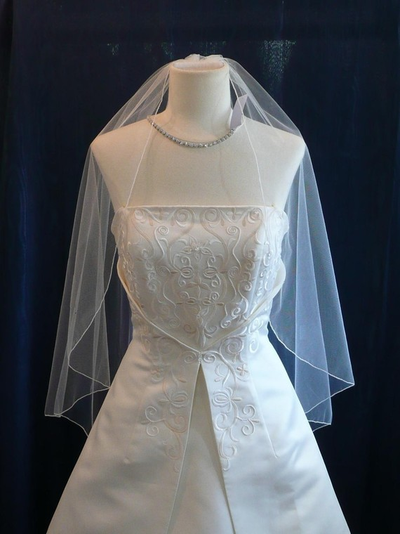 Mariage - Fingertip length Angel Cut Bridal Veil Wedding Pencil Edge Perfectly Elegant and Flowing