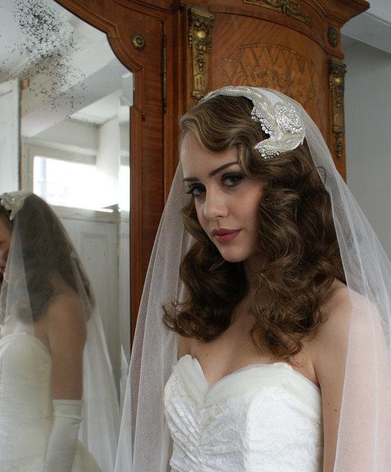 Mariage - Silk Wedding veil and Art Deco Headpiece. Silver Screen Goddess, 1930s Veil, Juliet cap veil, 1940s Headpiece,1950s Headpiece