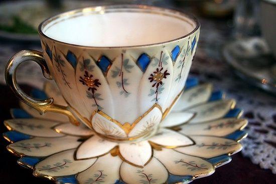 Tea Cups Pots