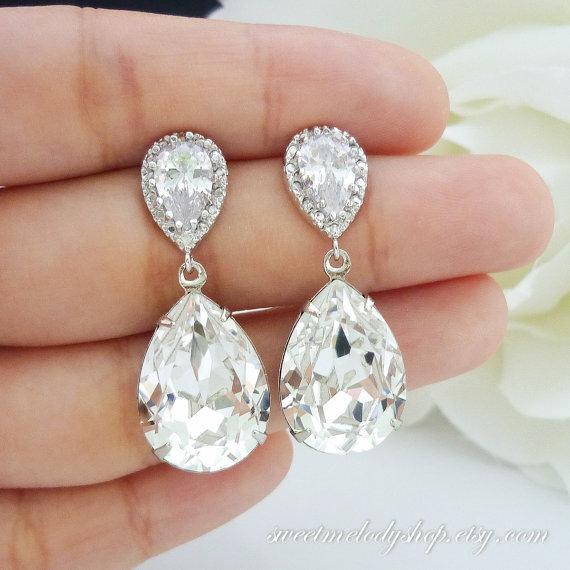 Hochzeit - Wedding Jewelry Bridesmaid Gift Bridal Earrings Bridesmaid Jewelry Clear White Swarovski Crystal Tear Drop Earrings Cubic Zirconia Earrings