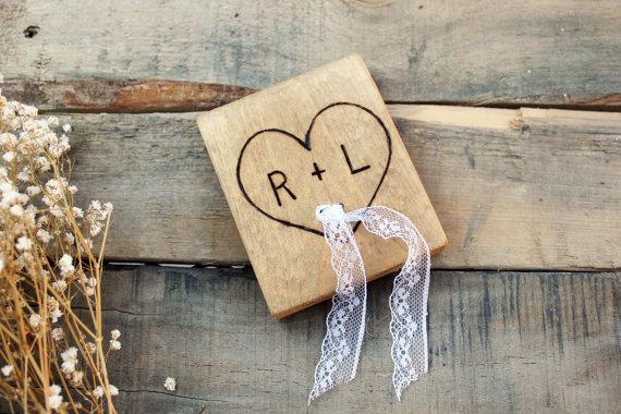 Mariage - personalized rustic ring bearer pillow alternative .  wooden lace pillow . keepsake wood pillow. ring bearer wedding ring holder