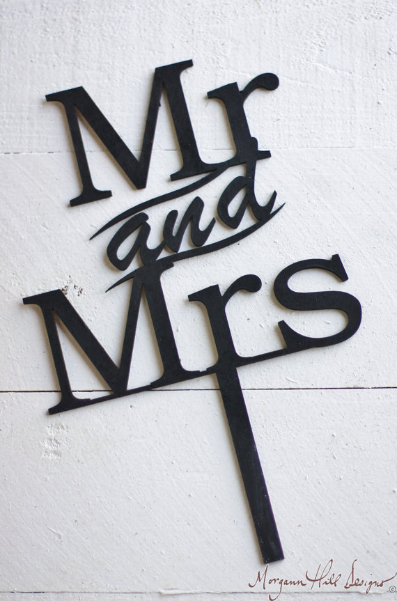 Свадьба - Mr & Mrs Wedding Cake Topper Rustic Wedding Decor (Item Number 140080)