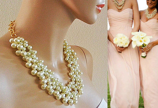 Hochzeit - Chunky Bridesmaid Pearl Necklace, Bridesmaid Chunky Necklace, Cream Pearl Necklace, Wedding Pearl Necklace, Bridal Jewelry Accessories