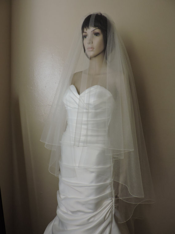 Свадьба - Wedding Veil Drop Veil Waltz Length with Pencil Edge DV30X55PE