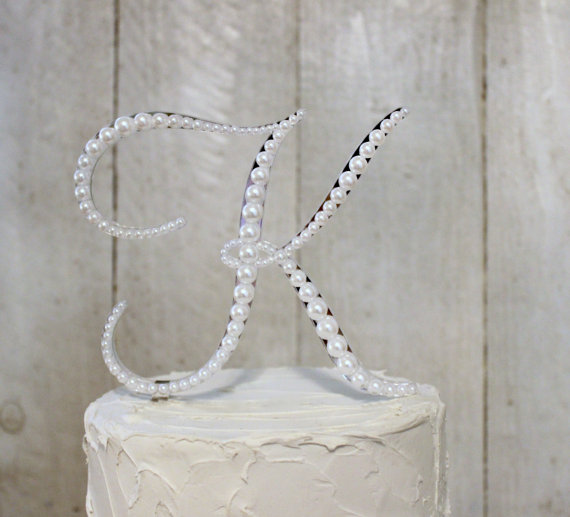 Свадьба - Pearl Monogram Wedding Cake Topper Decorated with Pearls in Any Letter A B C D E F G H I J K L M N O P Q R S T U V W X Y Z